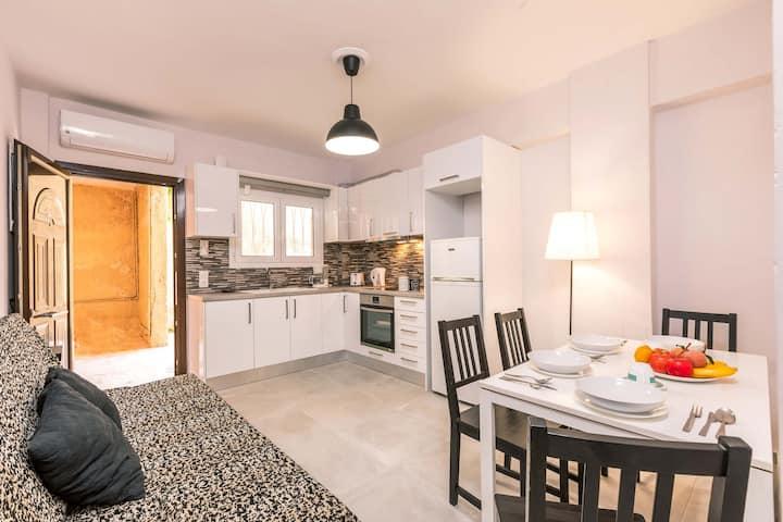 Bright apartment near Corfu town