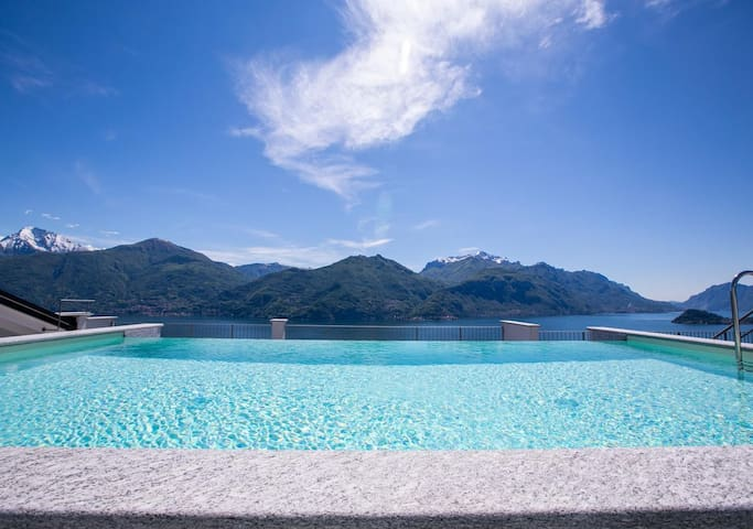 Casa Laura with Infinity Pool and Como Lake view