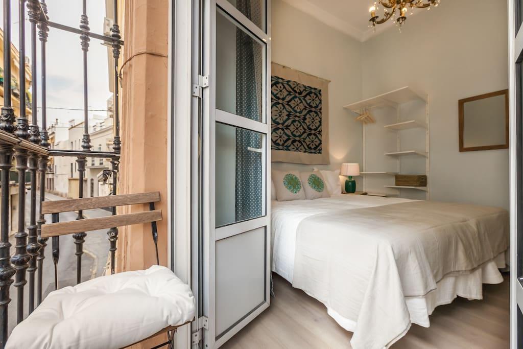 room 1 with balcony