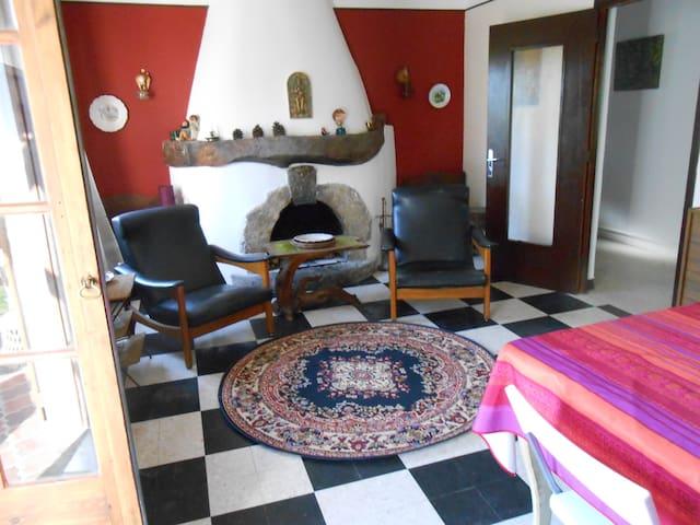 Appartement dans maison de campagne - Moustiers-Sainte-Marie - Lägenhet
