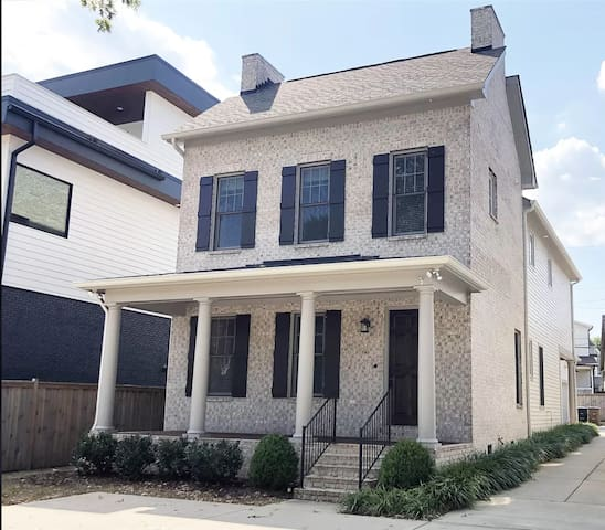Ideal Corporate Housing! Full Home in Green Hills