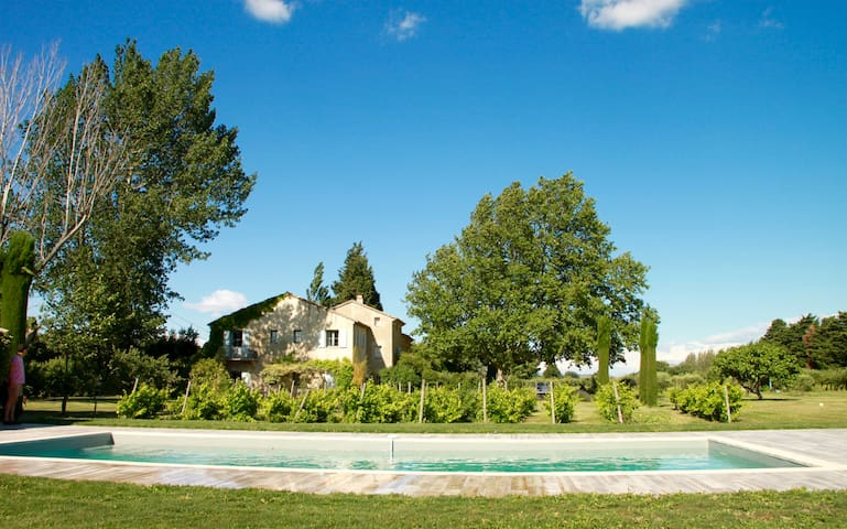Gîte (GF) in charming old Provence house, Alpilles