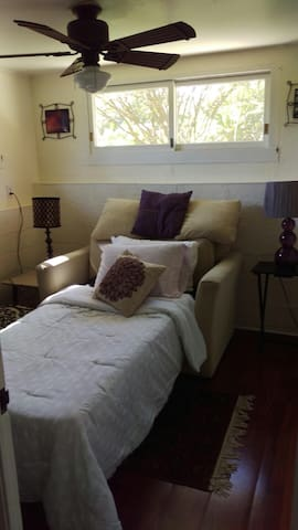 Office/second room with pull out twin size bed.