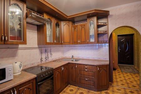 Апартаменты Берлога55 Орджоникидзе - Омск