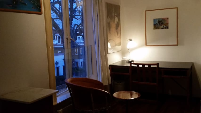 Cosy room in historic townhouse