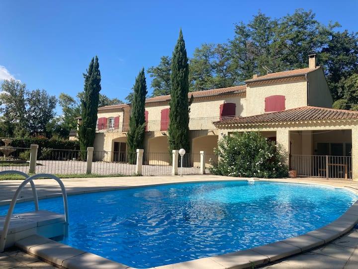 NOUVEAU! Logement de charme dans Villa Provençale