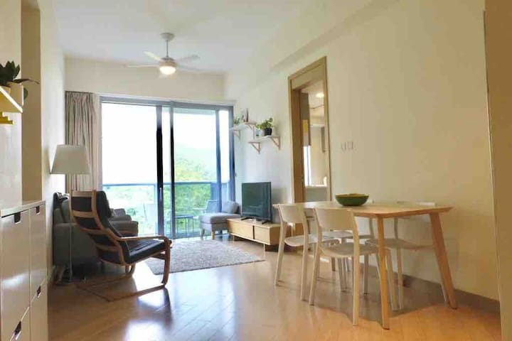 Modern family-friendly apartment near Ocean Park