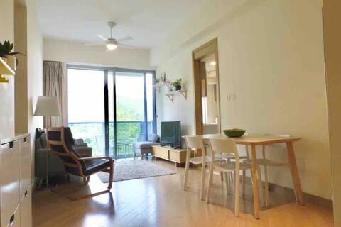 Modern family-friendly apartment near Ocean Park
