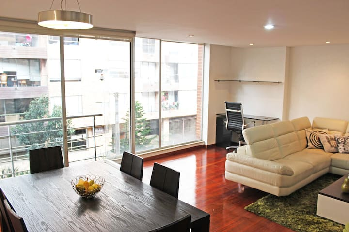 Best Location, Virrey Park, Zona T, Fireplace 2 - Bogotá - Apartment