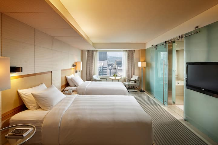Deluxe Twin by LOTTE HOTEL Seoul