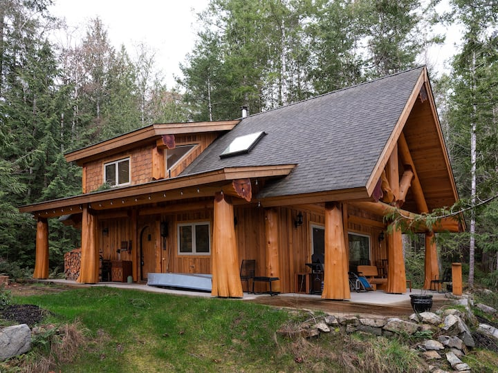 Fine Craft Western Red Cedar Post and Beam Home