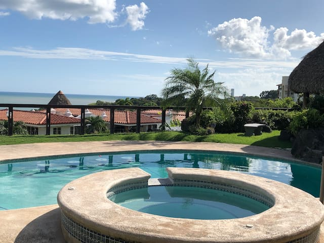 OceanView w/ Private Pool on Golf Course @VistaMar