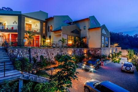 High Ground Villa: Murugo 3-Bedroom Apartment