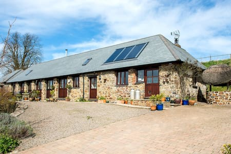 Unique Rural Stone Barn Conversion - Petrockstow - Overig