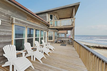 Exquisite Gulf-Front Home w/ Steps to Beach