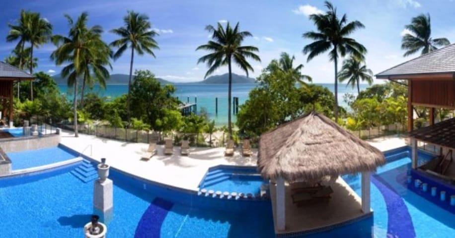Sunny Studio Resort View At Cairns