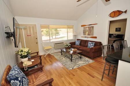 Fairway Villa #306- Rumbling Bald Resort - Lake Lure