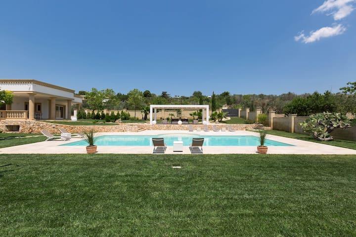 275 Villa Loran