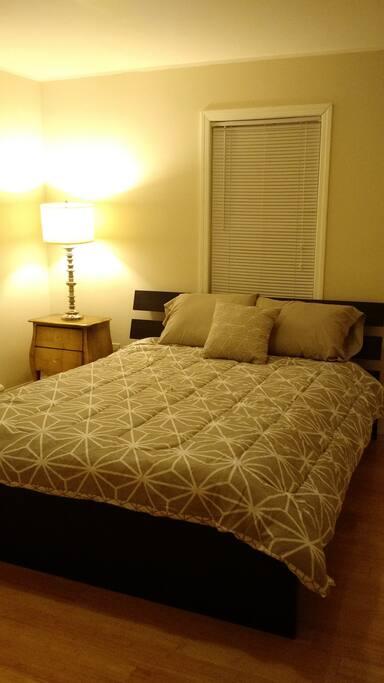 Bedroom with Queen Bed (Room 1)