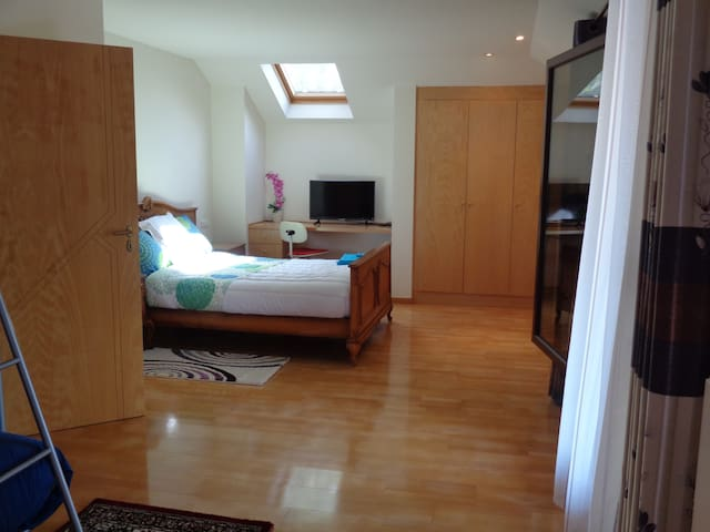 CHAMBRE ORCHIDEE - Waterloo - Byt
