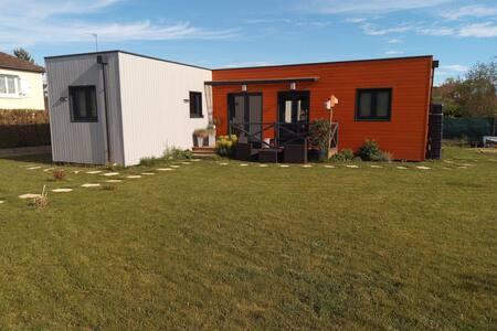 Maison en bois au calme,  5mn sortie A6 Auxerre