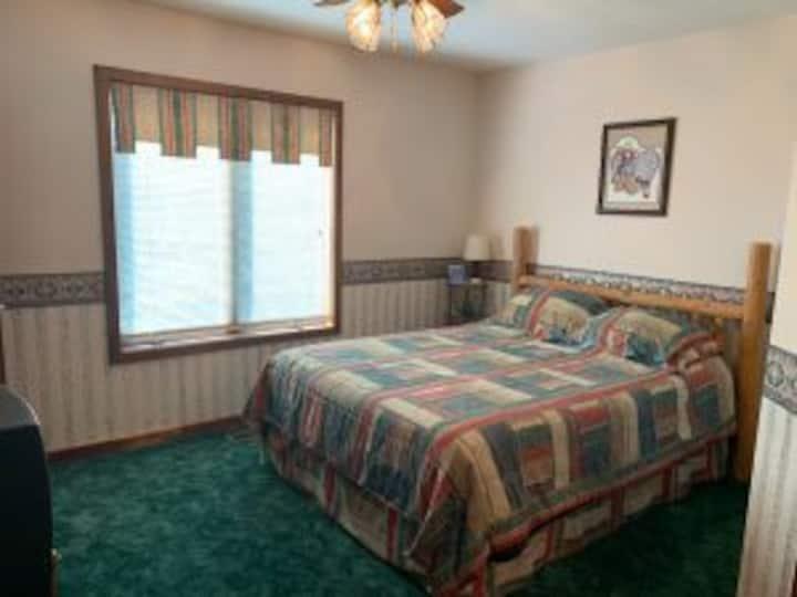Santa Fe Room- Underhill Farms