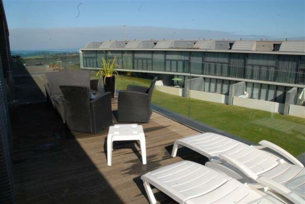 Magnifique loft villa face la mer lofts for rent in - Magnifique maison avec vue la laguna beach ...