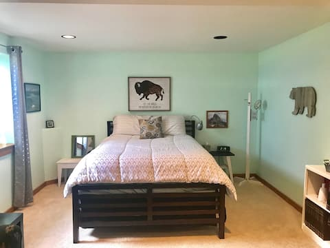 Teton Valley private room and bath