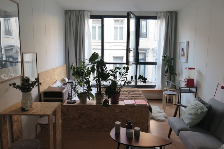 Cozy studio close to Stefanie Place - Saint-Gilles - Apartment