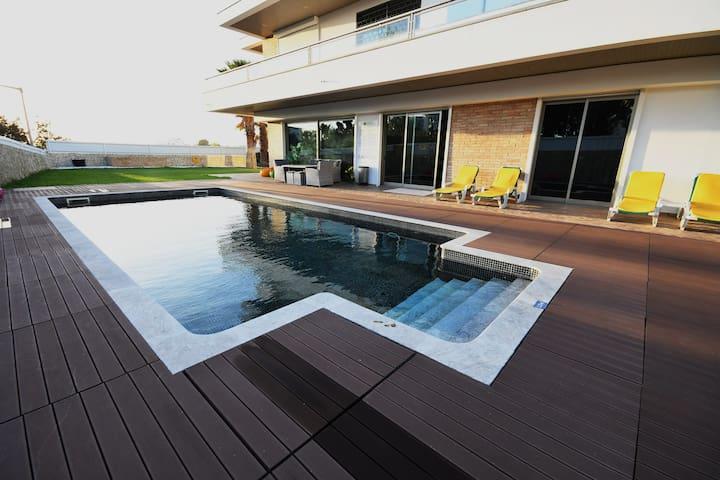 Guest House Summer Cascade - Suite Júnior Coral