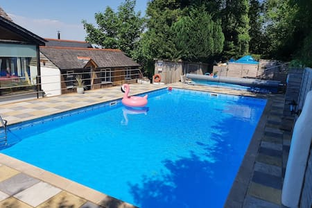 A self contained cabin with pool near Dartmoor