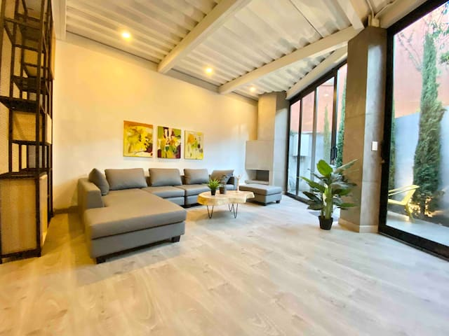Luxury Loft Zona G with Garden Private