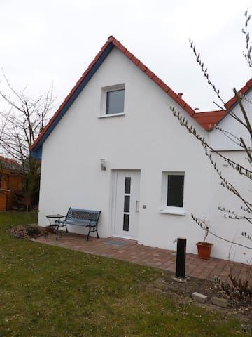 Atelierwohnung für Genießer - Lehrte - Apartamento