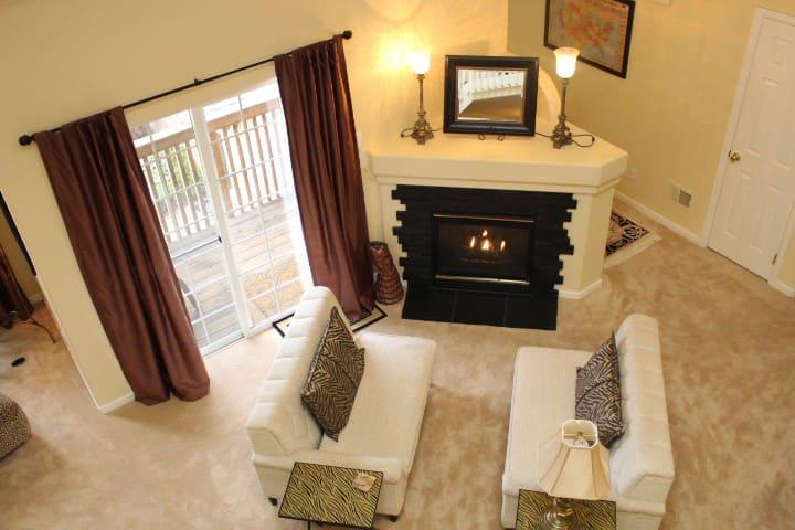 2 Bedroom 2Bath Plus Loft in Northglenn