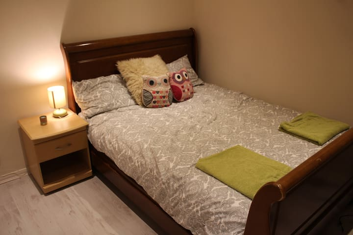 Make yourself at home in Great Wakering Village