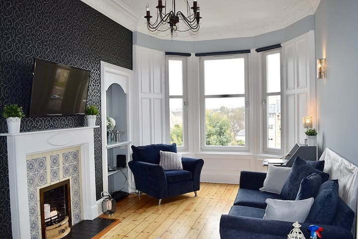 Beautiful & Stylish Apartment in Edinburgh