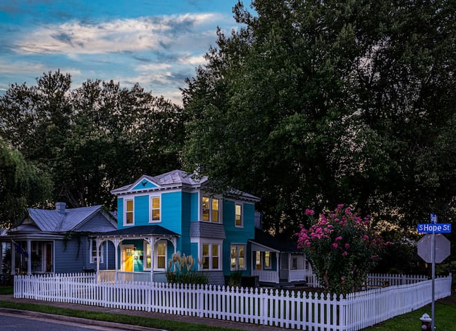 Vibrant Escape in Phoebus!