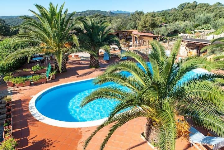 Italian flair with communal pool - Résidence Villa Smeralda 7