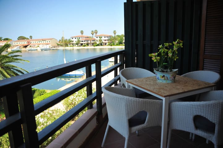 Apartment with one bedroom in Laghi di Sibari, with wonderful sea view, furnished balcony and WiFi