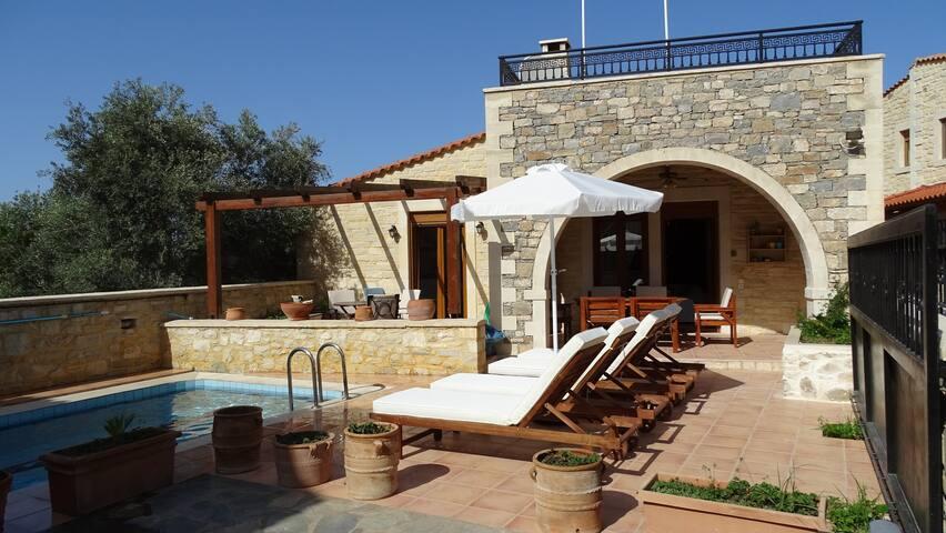 Villa Katerina traditional stone villa