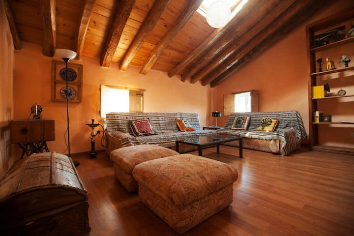 Casa Rural bicentenaria adaptada al siglo XXI