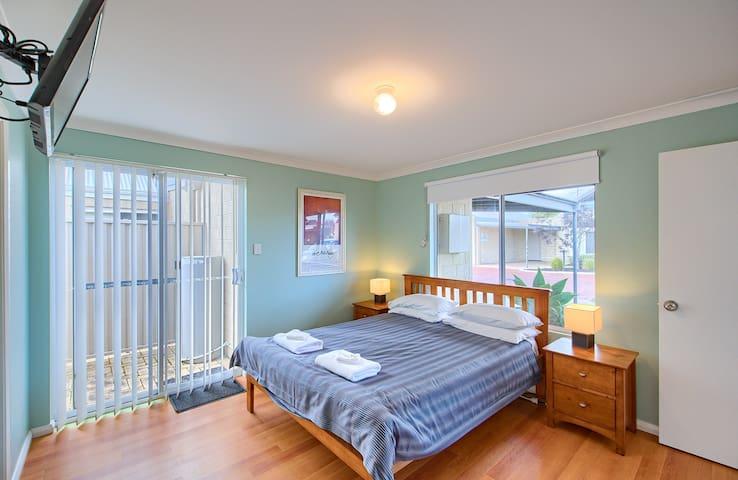Bedroom 1  - Queen bed - with ensuite & TV
