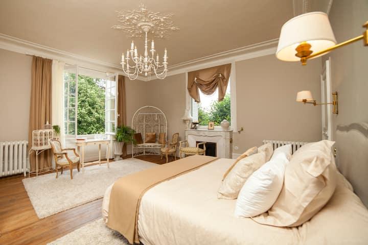 "Villa Alecya - Chambre ""Du côté de chez Swann"""