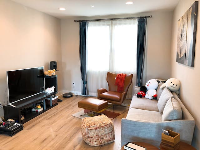Excellent suite in Mountain View /walk to G00GLE