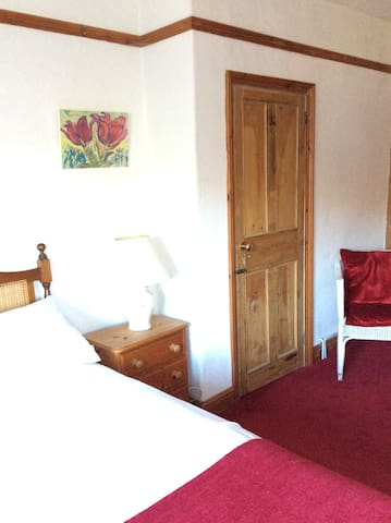 Double en-suite in traditional farmhouse B&B - Orwell - Bed & Breakfast