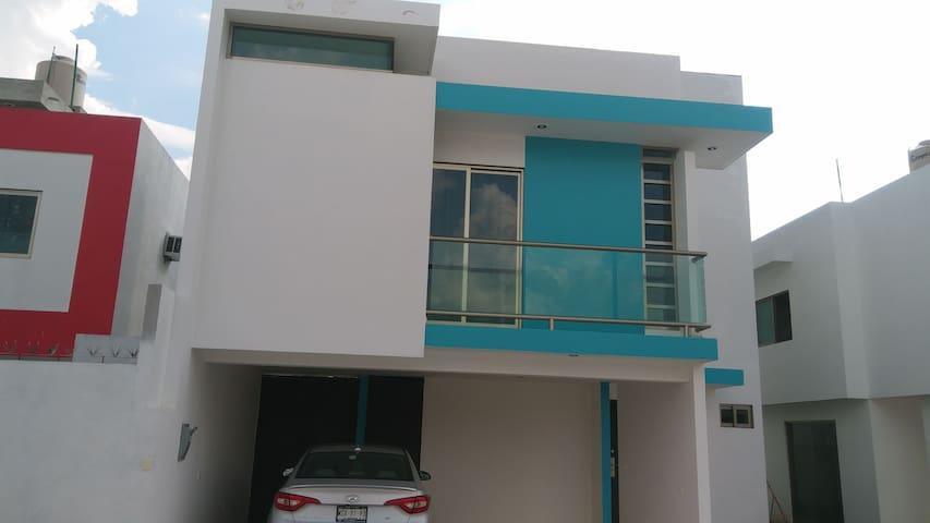 Hermosa casa en Villahermosa colonia el Cedro