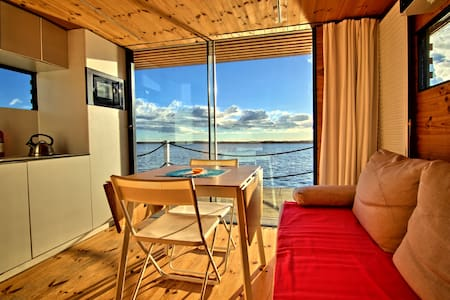 Hausboot HT8 mit schwimmender Terrasse - Mielno - Dom