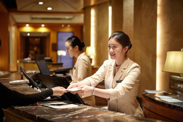 Superior Double by Lotte Hotel
