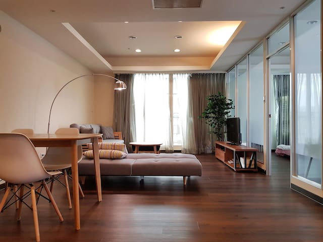 1min MRT Luxury Highrise, AMAZING Views
