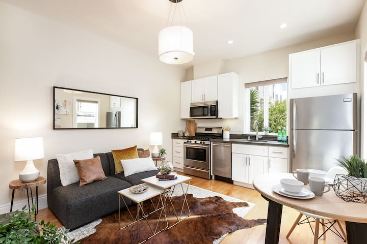Modern centrally located studio in the Mission
